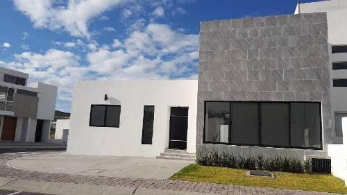 Casa De Un Nivel En Condesa Juriquilla Se Vende Al Costo!