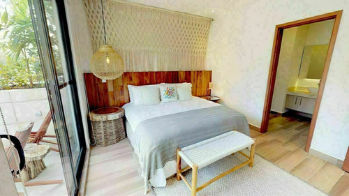 Imagen 1 de 12 de En Playa Del Carmen En Venta Linda Casa Desde $4,413,000.00