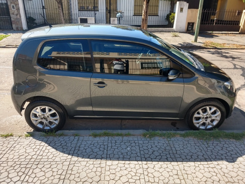 Volkswagen Up High 1.0 2015