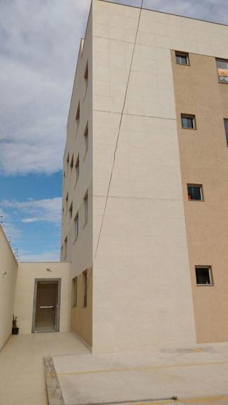 Apartamento De Dois Quartos No Bairro Serrano. - 1267
