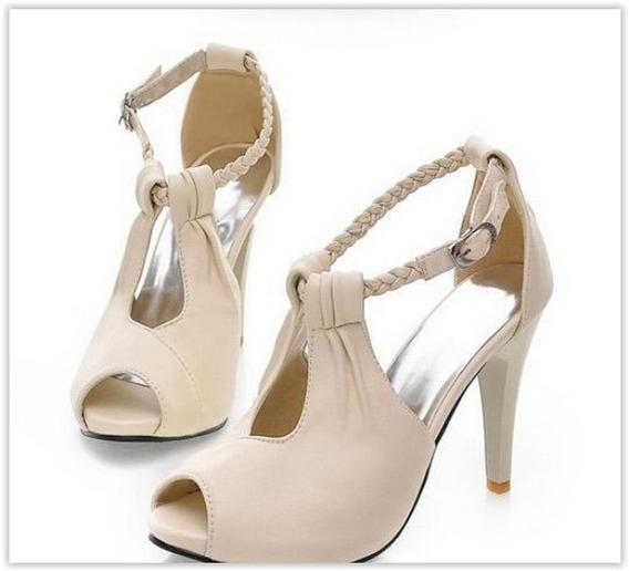 Sapato Feminino Tipo Sandália Impermeavél
