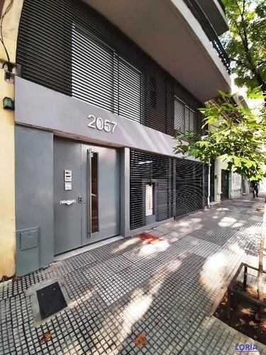 1 Ambiente Contra Frente - Con Balcón - Con Cochera.-