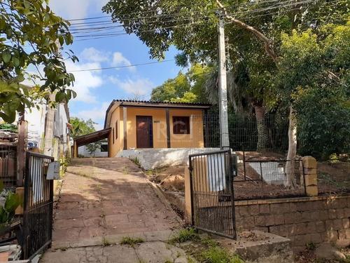 Casa Em Belém Novo Com 2 Dormitórios - Lu430904