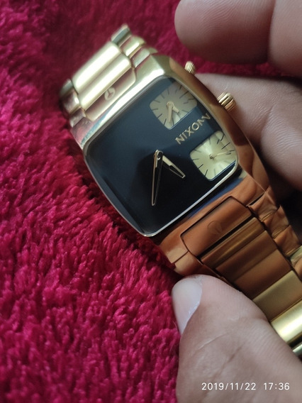 Relógio Nixon Modelo Banks Gold
