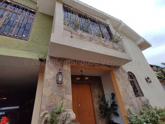 Casa Venta Barquisimeto C H Trinitarias 21-6964 Rwa