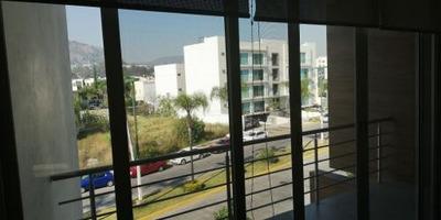 Departamento En Piso 6 En Rinconada Del Parque