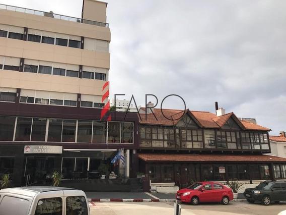 Local En Alquiler Anual En La Península A Media Cuadra De Gorlero-ref:37265