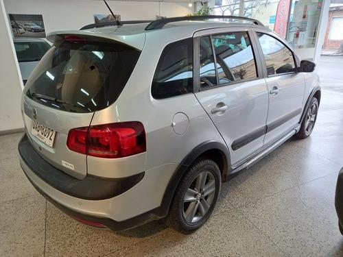 Volkswagen Suran Cross Único Dueño. 2012.