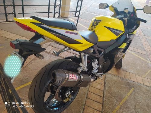 Imagem 1 de 10 de Suzuki Gsx-r