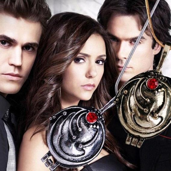 Colar Medalhão Helena The Vampire Diaries Abre Fecha Cod450
