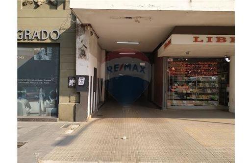 Cochera/ Garage Venta Centro 48 E/ 5 Y 6 La Plata