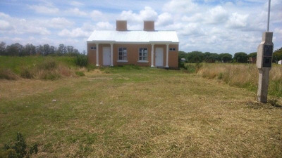 Vendo 2 Casas En Villa Elisa,excelente Ubicacion!!!!!!