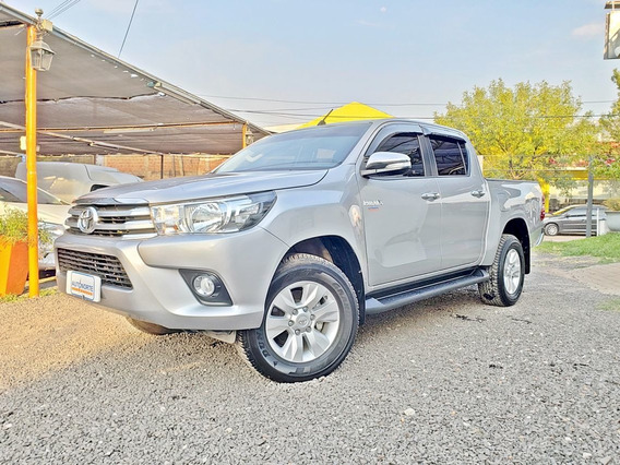 Toyota Hilux Srv Cd / 4x2 Manual Pack / Cuero