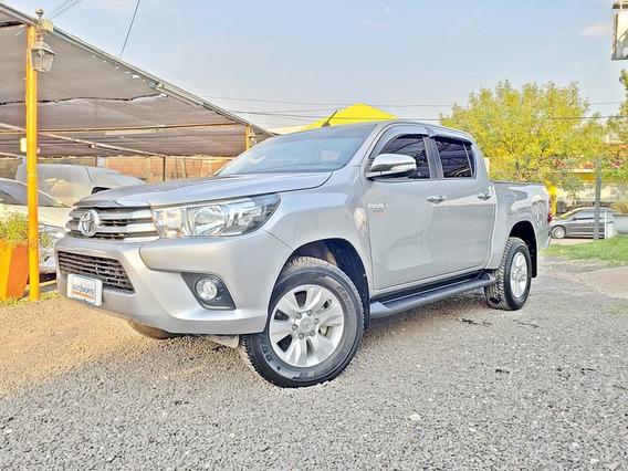 Toyota Hilux Srv Cd / 4x2 Manual Pack / Cuero
