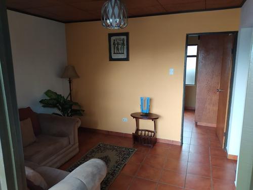 Imagen 1 de 10 de Apartamento Amueblado En Tibás,  Sin Parqueo