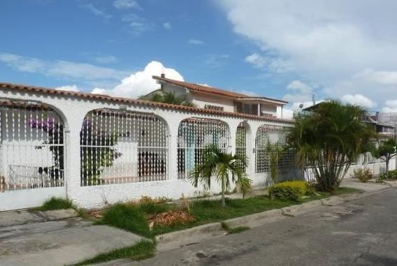 Casa En Venta Urb Valle Fresco Turmero Cod 20-17798