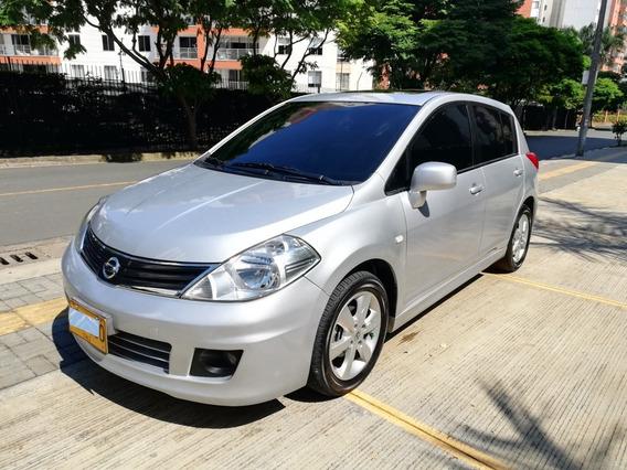 Nissan Tiida Premium Hatcback