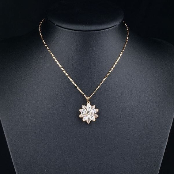 Lujoso Set Flor Cristal Swarovski Elem Collar Y Aretes