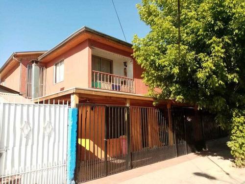 Peñalolén, Vende Casa  De Dos Pisos, Solo En Efectivo.-