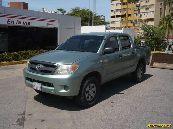Toyota Hilux Dlx Doble Cabina