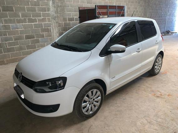 Volkswagen Fox 2014 - 4 Portas - Impecável