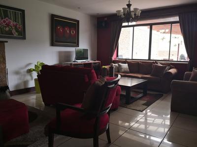 Casa Grande Con Hermosa Vista En Tres Ríos
