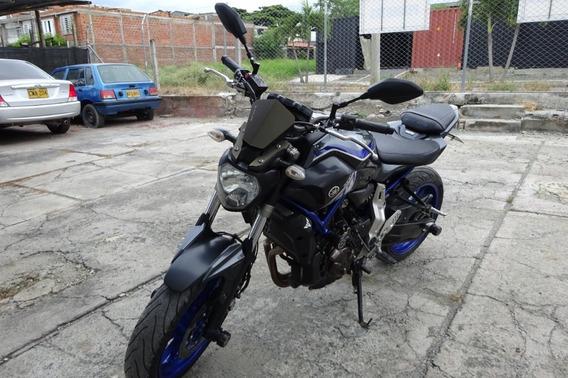 Yamaha Mt07 Gris Negro Mod 2014