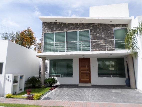 Hermosa Residencia Portanova El Pueblito Corregidora