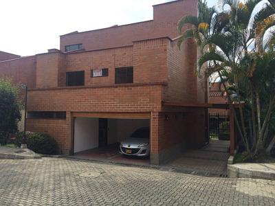 Casa Unidad Cerrada- Loma Del Tesoro- Medellin