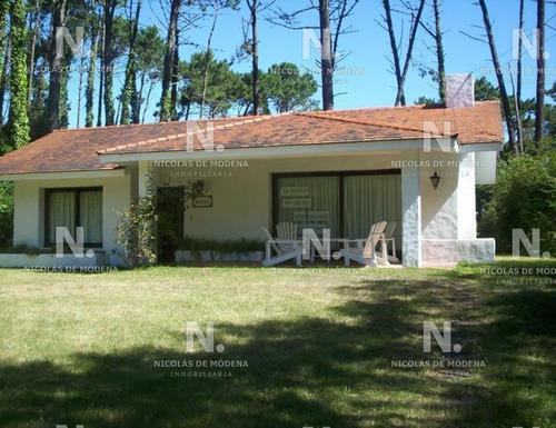 Casa En San Rafael, 3 Dormitorios *- Ref: 3495