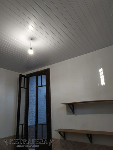 Casa Con Renta En Venta  4 Dormitorios 1 Baño Guaviyu La Figurita  - Ref: 906