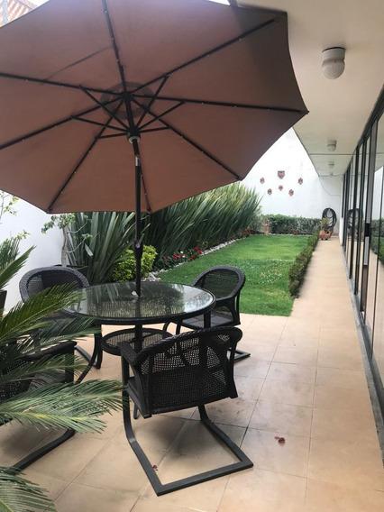 Hermosa Casa Con Jardin En Renta, Ubicada En Las Aguilas