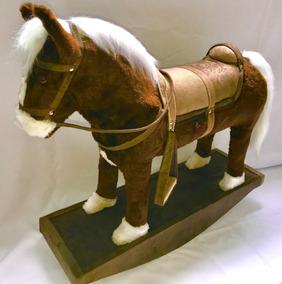 Cavalo Cowboy Top De Linha Madeira E Pelúcia