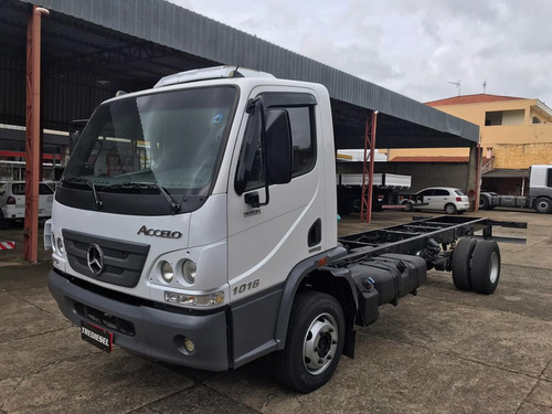 Mb Accelo 1016 2013 Chassi