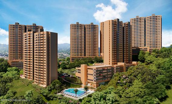 Apartamento Venta En Centro De La Moda 20-402
