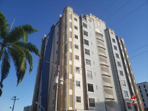 Apartamento En Venta Urb. Los Chaguaramos 20-4773 Jcm