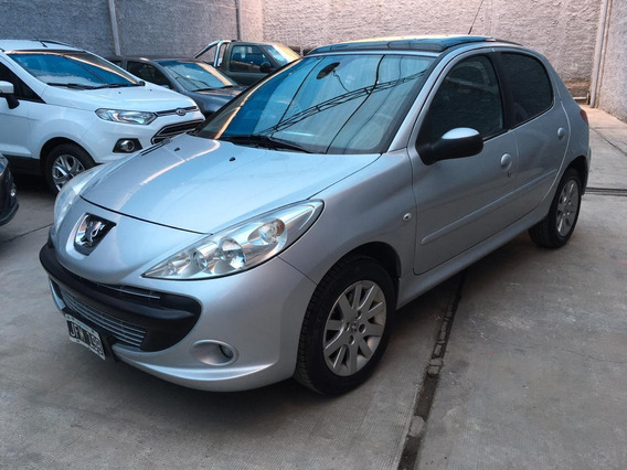 Peugeot 207 Xt Premium 5ptas 2010