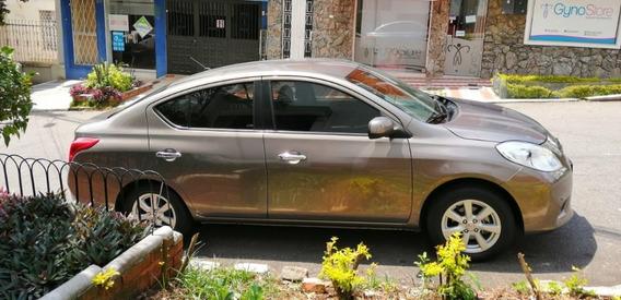 Nissan Versa 2013 Única Dueña