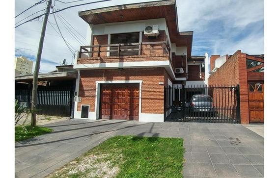 Casa - 6 Ambientes - Merlo Centro - Apto Credito