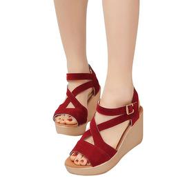 Sandálias De Salto Alto Plataformas Para As Mulheres