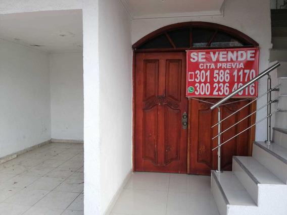 Se Vende Casa 3 Hab, 2 Baños Y Con 1 Apartaestudio Con Baño