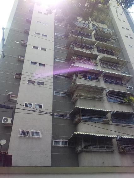 Maison C.a Vende Apartamento En El Recurso 04243395895