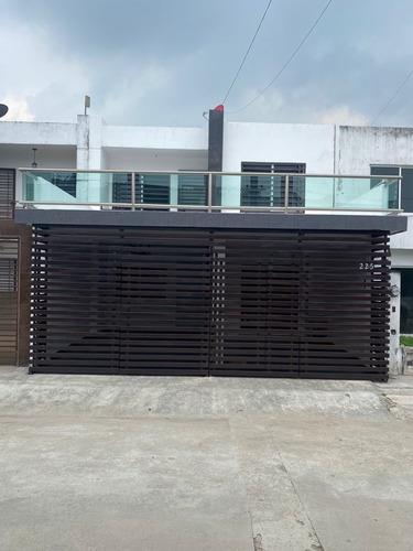 Imagen 1 de 14 de Casa En Venta Fracc San Angel Indeco Villahermosa