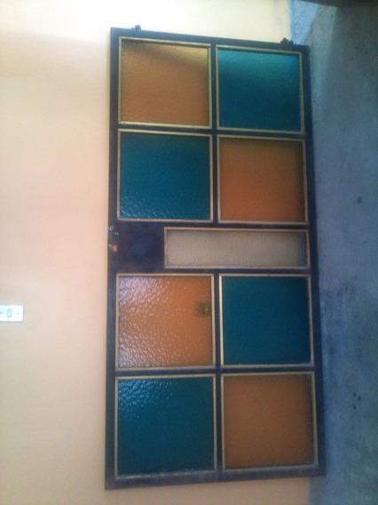 Vendo Puerta Tubular De 1.5 Pulgadas Con Vidrios De Colores