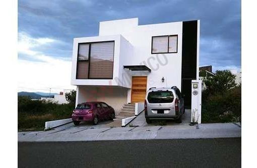 Casa En Renta Amueblada Condominio Ceiba / Zibatá, El Marqués, Qro.