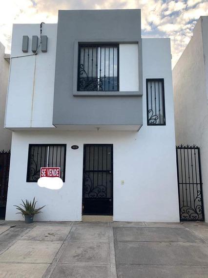 Casa En Venta Col. Las Hadas, Escobedo N.l. Con Terreno Excedente (30-cv-1340 Sil)