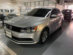 Volkswagen New Jetta Aut 2015