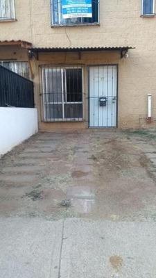 Casa En Fracc. Vista Real Xoxo