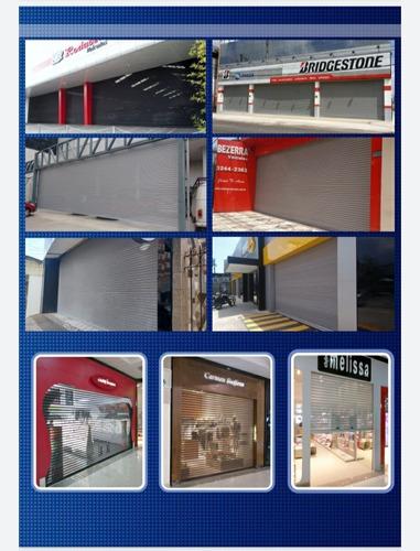 Portas De Enrolar Automáticas E Fachadas Em Acm