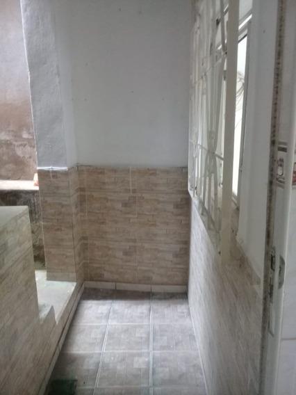 Casa Pequena Com 02 Quartos Na Fonte Grande!! - 4125